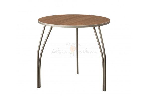 стол на металлических ножках Постформинг